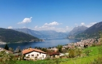 Holiday next to Lake Iseo in Italy